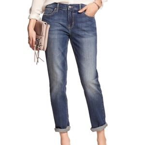 Banana Republic Medium Wash Girlfriend Jeans